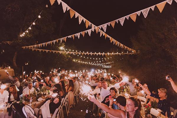 beautiful-rustic-wedding-in-cyprus-29