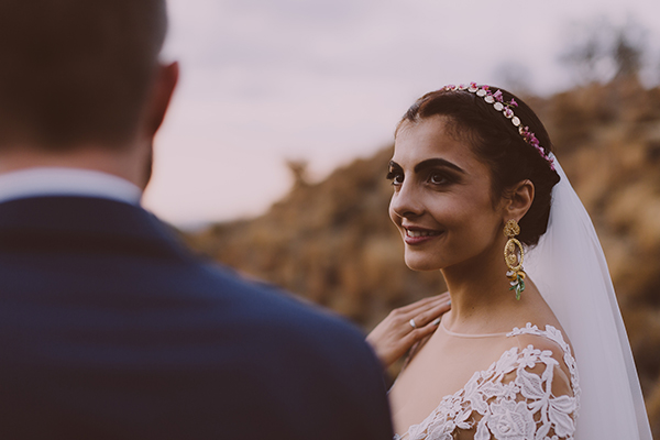 beautiful-rustic-wedding-in-cyprus-3