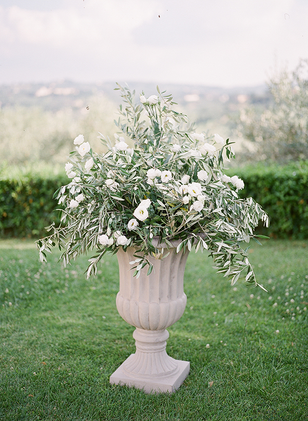 beautiful-villa-wedding-in-tuscany-13