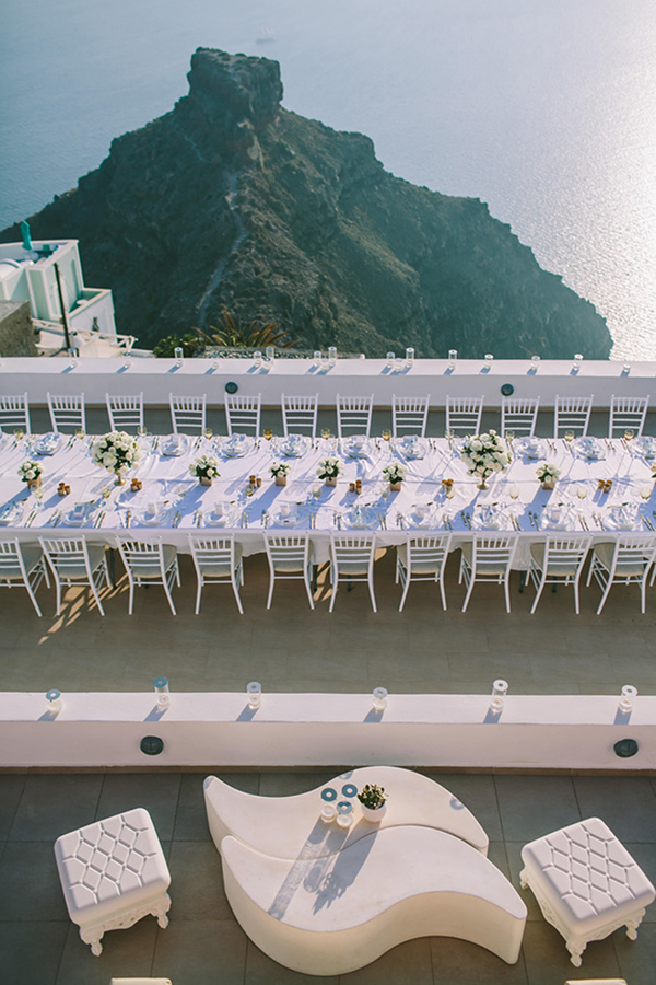 chic-destination-wedding-Santorini-33