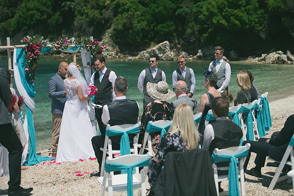 lovely-corfu-wedding-on-the-beach-13