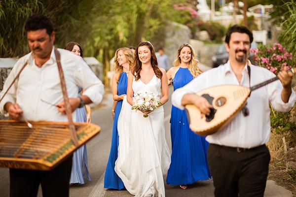 naturally-beautiful-wedding-mykonos-28