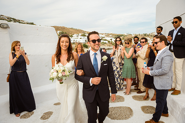 naturally-beautiful-wedding-mykonos-33