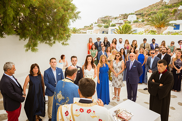 naturally-beautiful-wedding-mykonos-34