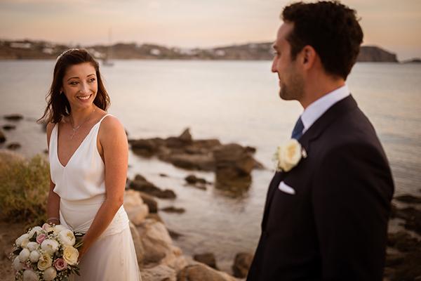 naturally-beautiful-wedding-mykonos-43