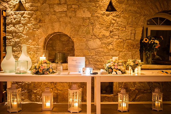 naturally-beautiful-wedding-mykonos-48
