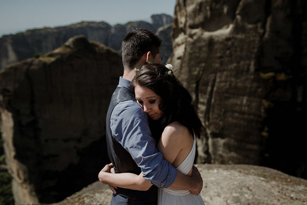 romantic-elopement-meteora-1