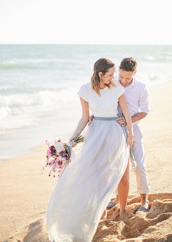 romantic-engagement-session-at-the-beach-1