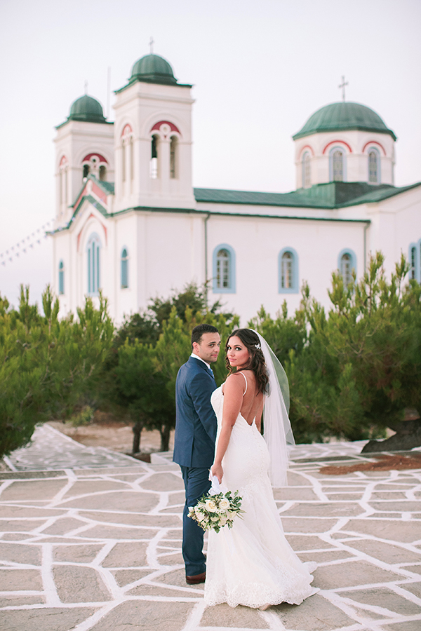 stylish-wedding-in-paros-3