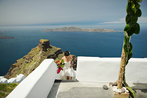 tropical-colorful-wedding-santorini-12