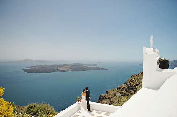 tropical-colorful-wedding-santorini-17