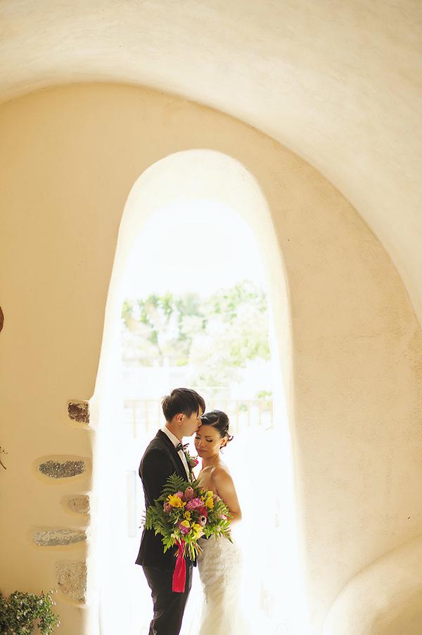 tropical-colorful-wedding-santorini-24