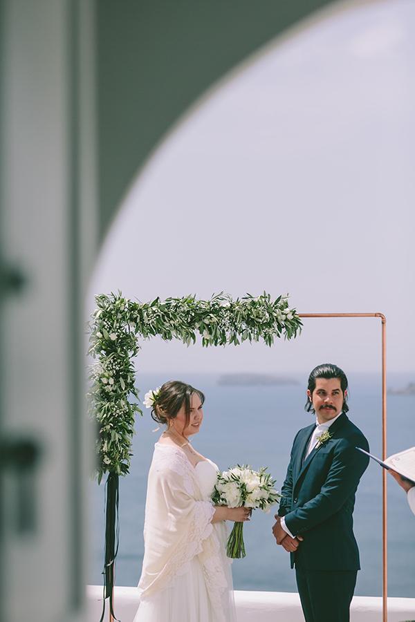 beautiful-destination-wedding-in-santorini-_20