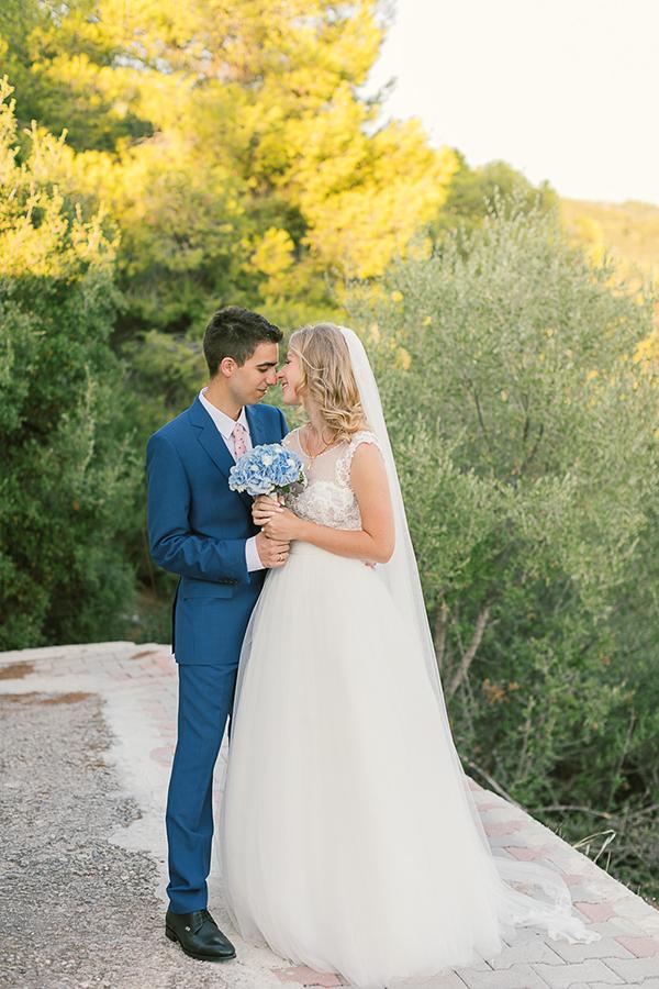 beautiful-wedding-hydrangeas-12-1