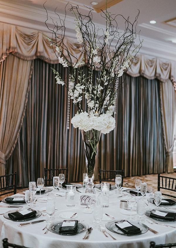 chic-black-and-white-wedding-17