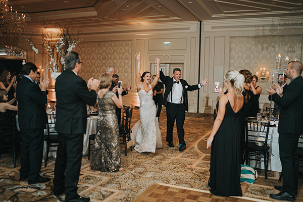 chic-black-and-white-wedding-19