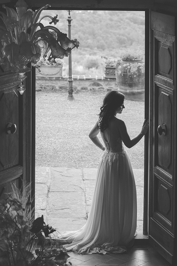 romantic-destination-wedding-italy-8x