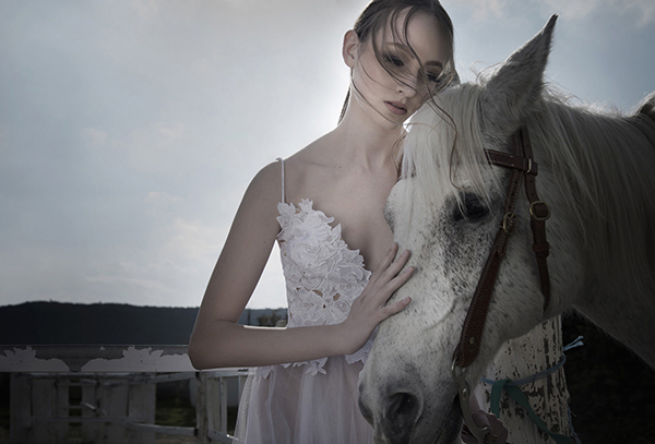 gorgeous-wedding-dresses-gregory-morfi-2