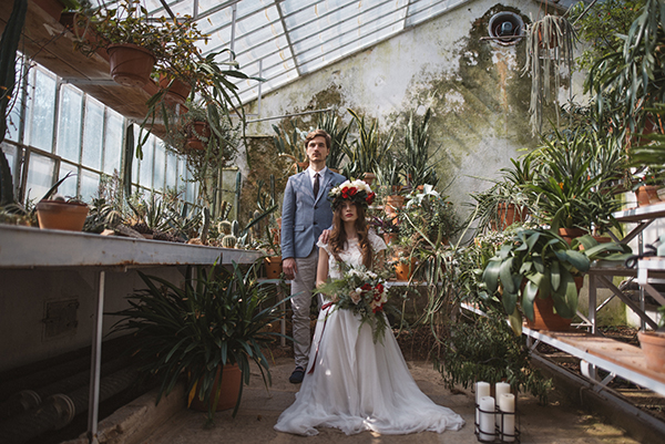 Inspiration Photoshoot In A Beautiful Greenhouse Chic