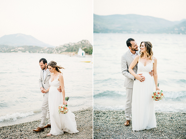 unique-wedding-right-beach-2Α-2