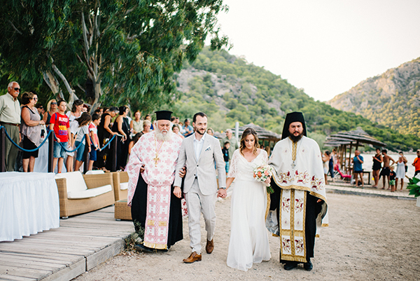 unique-wedding-right-beach-22-2