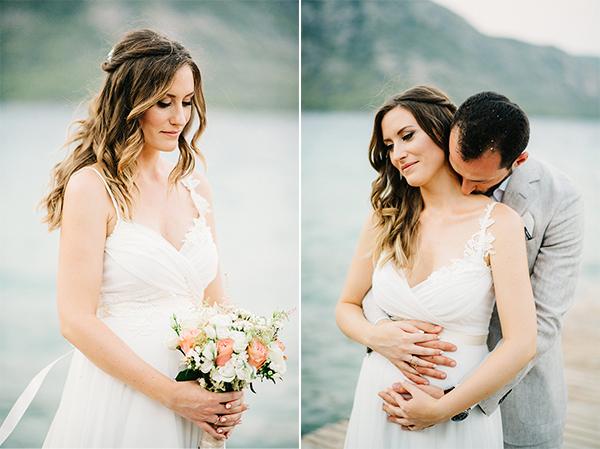 unique-wedding-right-beach-4Α-2