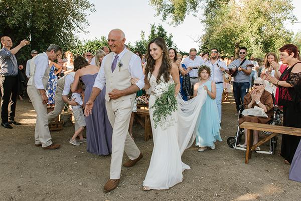 beautiful-rustic-wedding-crete-22