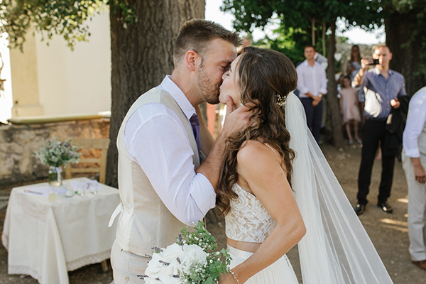 beautiful-rustic-wedding-crete-23