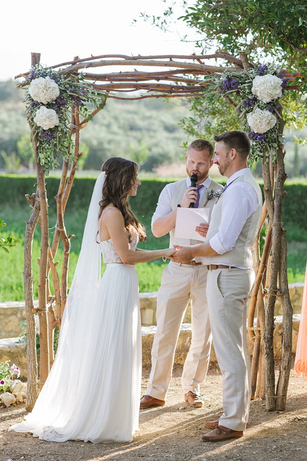 beautiful-rustic-wedding-crete-26