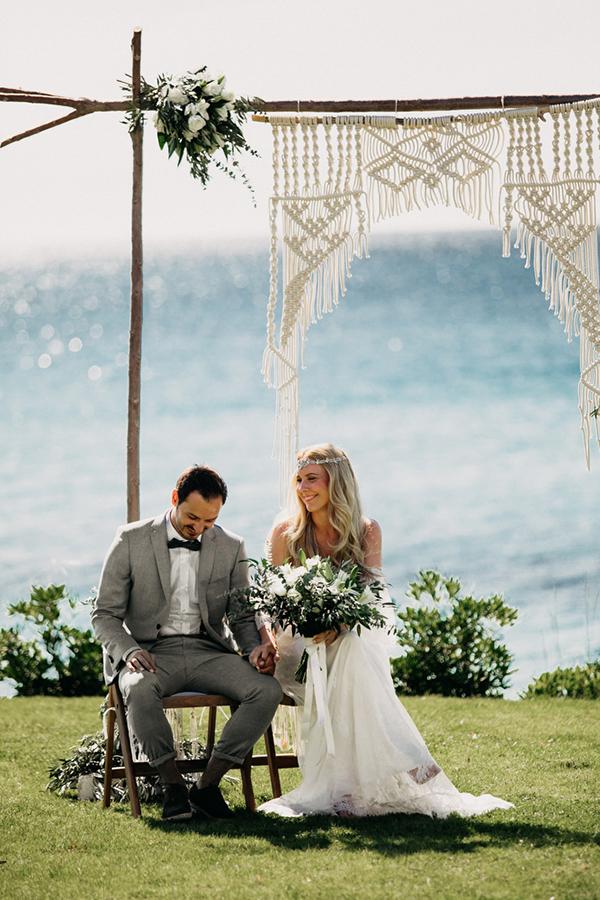 boho-beach-wedding-with-macrame-details-18