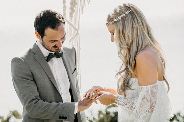 boho-beach-wedding-with-macrame-details-21