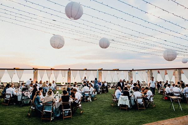 boho-beach-wedding-with-macrame-details-32