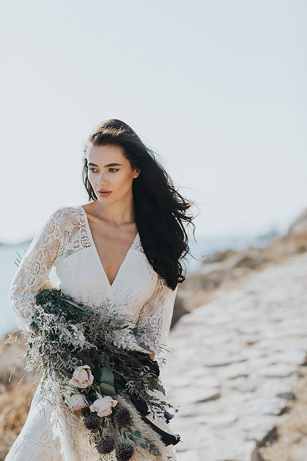 gorgeous-elopement-shoot-mykonos-1