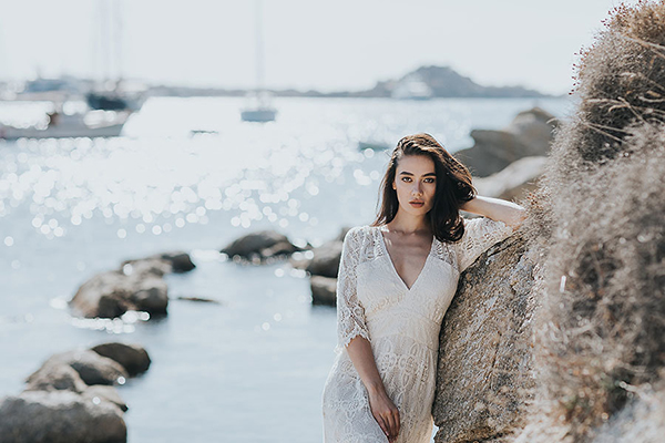 gorgeous-elopement-shoot-mykonos-12