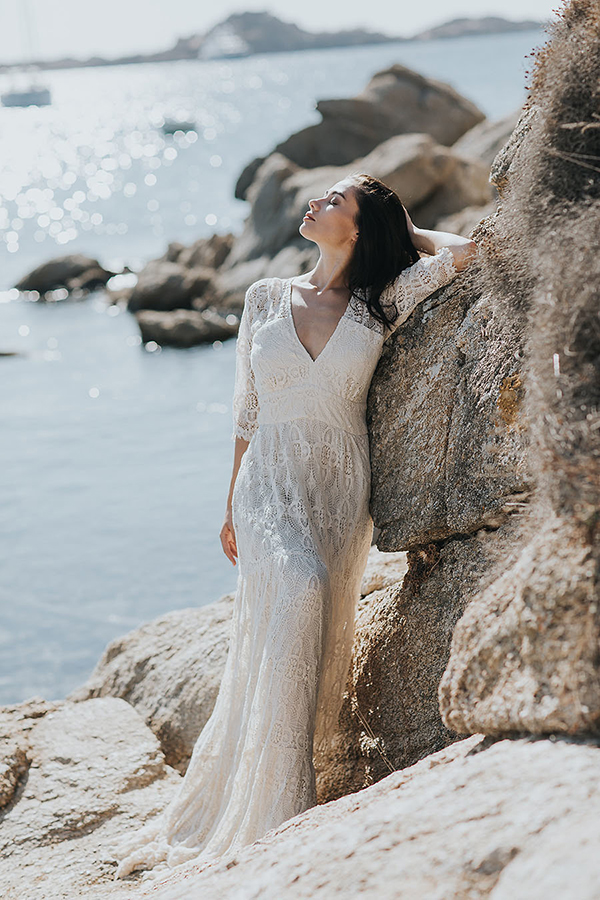 gorgeous-elopement-shoot-mykonos-13