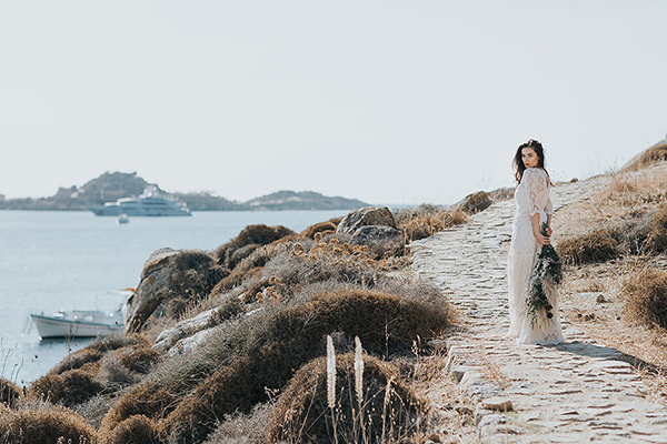 gorgeous-elopement-shoot-mykonos-6