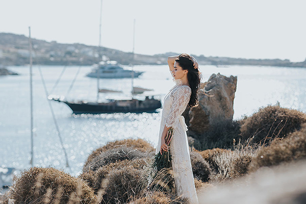 gorgeous-elopement-shoot-mykonos-8