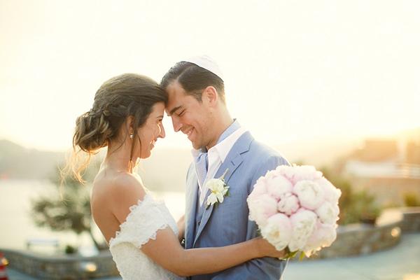 gorgeous-wedding-with-fairytale-scenery-1