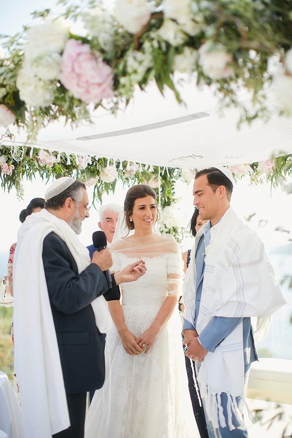 gorgeous-wedding-with-fairytale-scenery-14