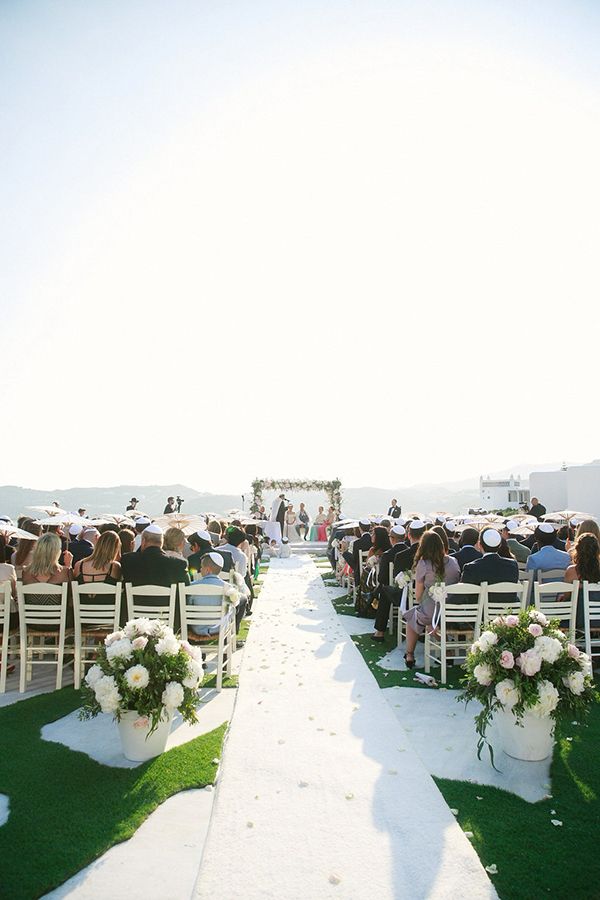 gorgeous-wedding-with-fairytale-scenery-15