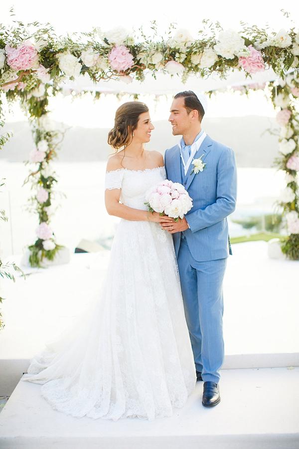 gorgeous-wedding-with-fairytale-scenery-28