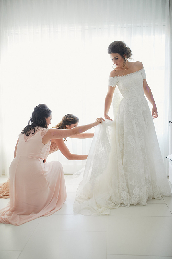gorgeous-wedding-with-fairytale-scenery-6