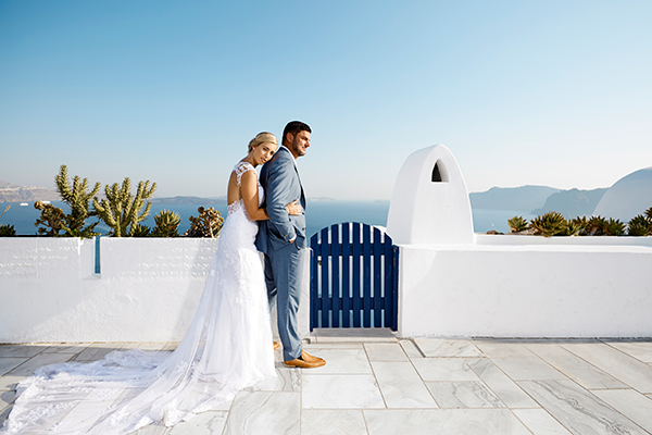 luxurious-wedding-overlooking-sea-01