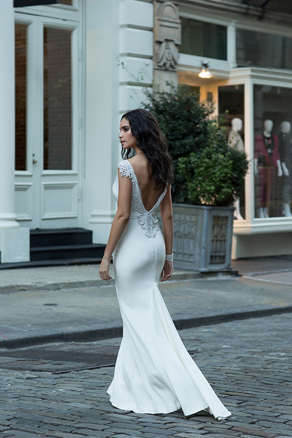modern-romantic-bridal-collection-anna-campbell-14
