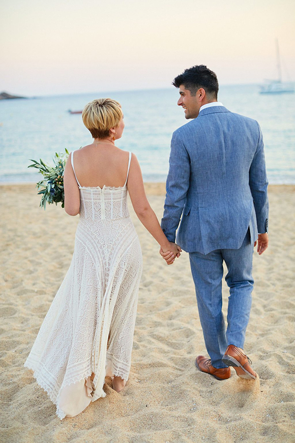 natural-beach-wedding-Greece-31