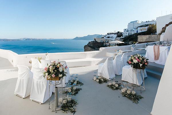 romantic-destination-wedding-Santorini-15