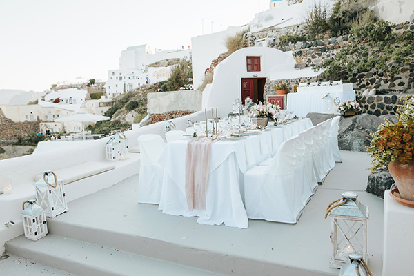 romantic-destination-wedding-Santorini-17