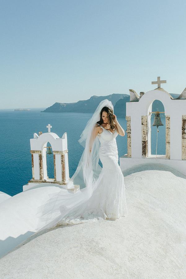 romantic-destination-wedding-Santorini-2x