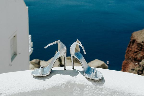 romantic-destination-wedding-Santorini-5