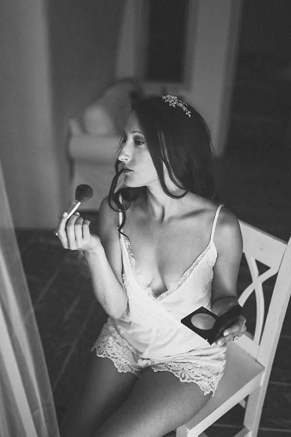 romantic-destination-wedding-Santorini-7
